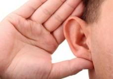 HAAZINOU – Entendre ou Écouter ?